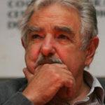 Mujica: los tratados deben servir para que vivan mejor los pueblos  y no para que bajen los costos las empresas transnacionales