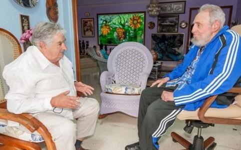 uru Mujica-y-Fidel-482x301