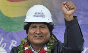 Evo-Morales-campaigns-for-012