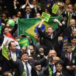 Un golpe parlamentario y el retorno reaccionario de la religión, familia, Dios y contra la corrupción
