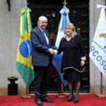 Serra insiste en destruir el Mercosur y atacar a Venezuela para tapar la fragilidad de su gobierno