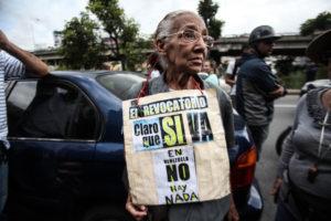 (9)VENEZUELA-CARACAS-SOCIEDAD-PROTESTA