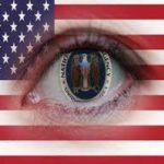 """Chomsky: El estado de vigilancia en los """"países libres"""""""